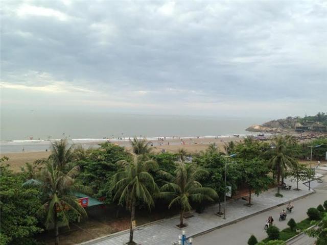 chen nhau, bãi biển, Sầm Sơn, chặt chém, du lịch, du khách, Thanh Hóa, du lịch biển, bãi tắm