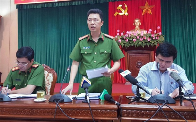 Gái bán dâm ở Hà Nội chuyển sang đi xe đạp điện mời khách - Ảnh 1.
