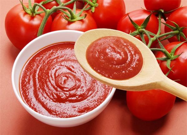 Những cách ăn cà chua gây hại cần loại bỏ - Ảnh 1.
