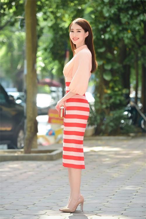 Thu Thảo chia sẻ, với kinh nghiệm chấm thi chung khảo phía Nam của Hoa hậu Việt Nam 2016, cô rất hào hứng được gặp gỡ những ứng viên ở khu vực phía Bắc.