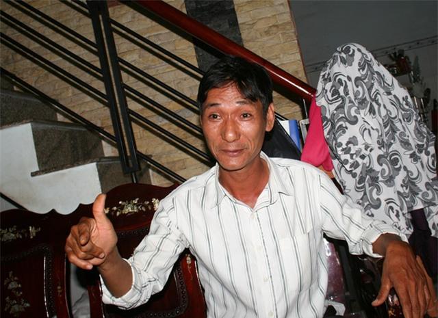 Bố của bé Khả Ái, anh Trần Khương, thuật lại hành trình giúp con gái vượt qua chứng bệnh câm điếc bẩm sinh để trưởng thành như bạn bè cùng trang lứa.