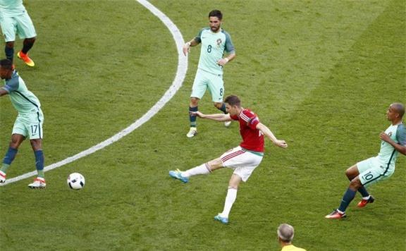 euro 2016 la giai dau day ray noi so hai hinh anh 2
