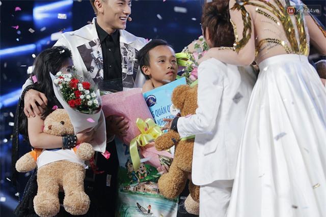 Hồ Văn Cường lật ngược tình thế, xuất sắc chiến thắng Vietnam Idol Kids - Ảnh 7.