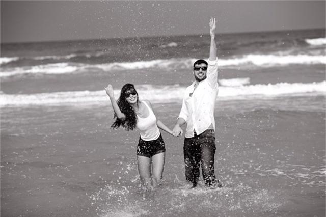 Hà Anh diện bikini chụp ảnh cưới cùng chồng Tây - Ảnh 4.