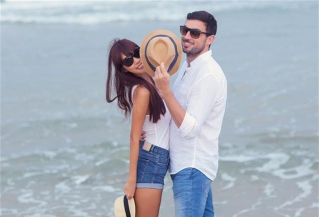 Hà Anh diện bikini chụp ảnh cưới cùng chồng Tây - Ảnh 5.