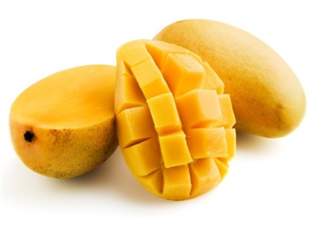 xoai-chua-nhieu-vitamin-A-C-giup-chong-lai-su-lao-hoa