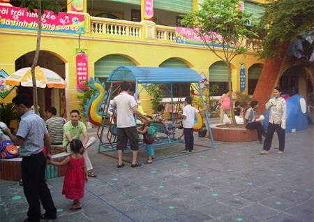 Nhiều trường mầm non ở Hà Nội đã nhận đón trẻ cho năm học mới. Ảnh: T.Hằng