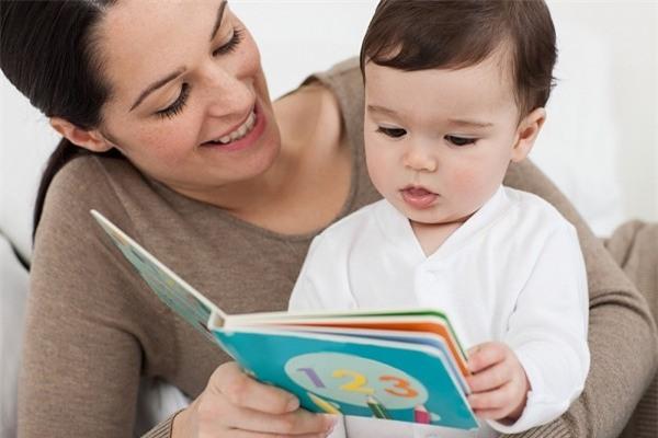 """7 dấu hiệu chứng tỏ con bạn """"thông minh từ trong trứng"""""""