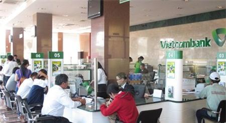 Khách hàng, mất 500 triệu, Vietcombank, ngân hàng, thẻ tín dụng, thẻ ATM, rút tiền, ăn cắp,