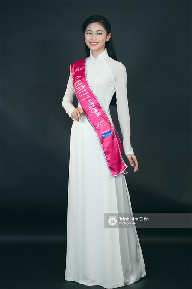 Ngẩn ngơ ngắm Hoa hậu Đỗ Mỹ Linh và 2 Á hậu Thanh Tú - Thùy Dung trong tà Áo dài trắng! - Ảnh 7.