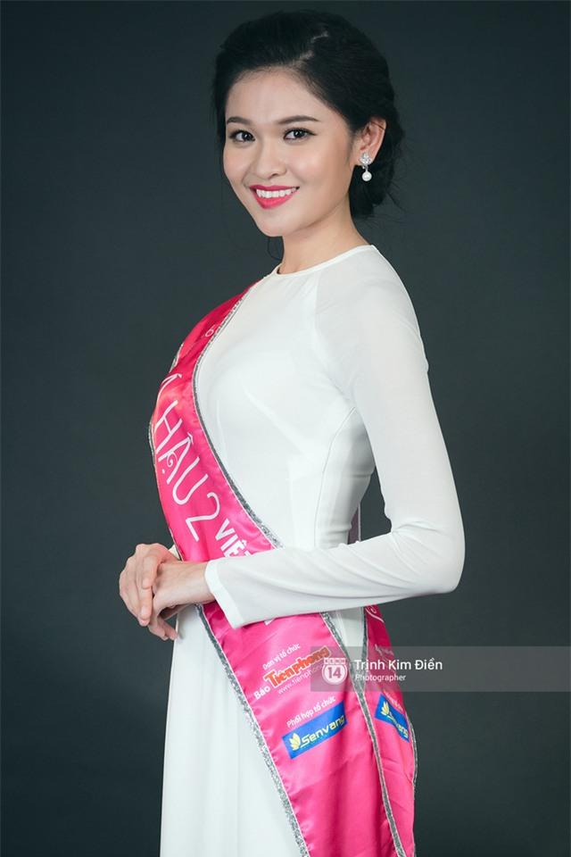 Ngẩn ngơ ngắm Hoa hậu Đỗ Mỹ Linh và 2 Á hậu Thanh Tú - Thùy Dung trong tà Áo dài trắng! - Ảnh 8.