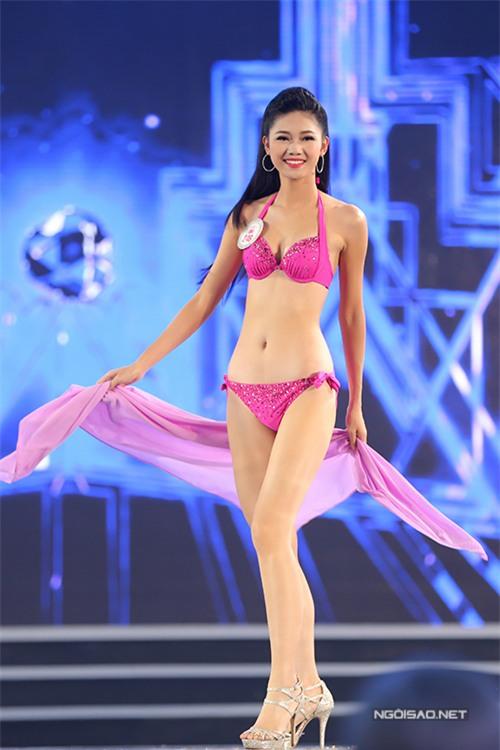top-10-hoa-hau-viet-nam-khoe-dang-nuot-na-voi-bikini-1