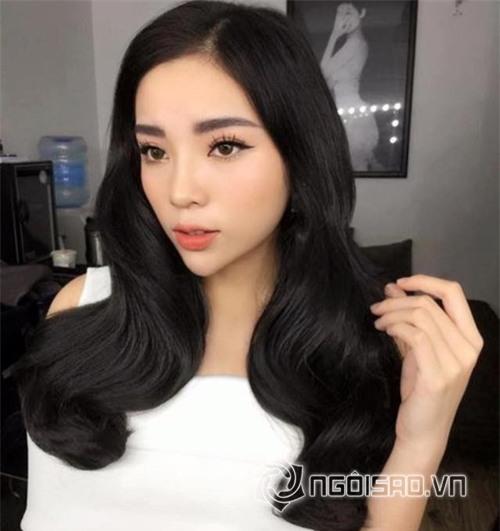 Hà Kiều Anh đội vương miện của Hoa hậu Kỳ Duyên 4