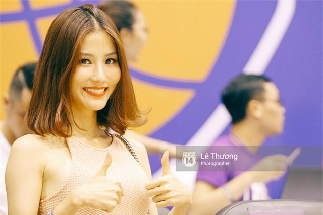 Hoa hậu Thu Thảo và Diễm My 9x cuốn hút trên khán đài trận derby bóng rổ Việt Nam - Ảnh 3.