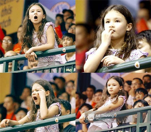 Hoa hậu Thu Thảo và Diễm My 9x cuốn hút trên khán đài trận derby bóng rổ Việt Nam - Ảnh 6.