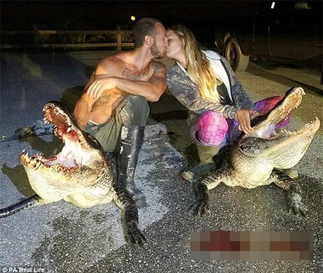 Cô gái xinh đẹp có niềm đam mê mãnh liệt với bộ môn săn bắt cá sấu - Ảnh 15.