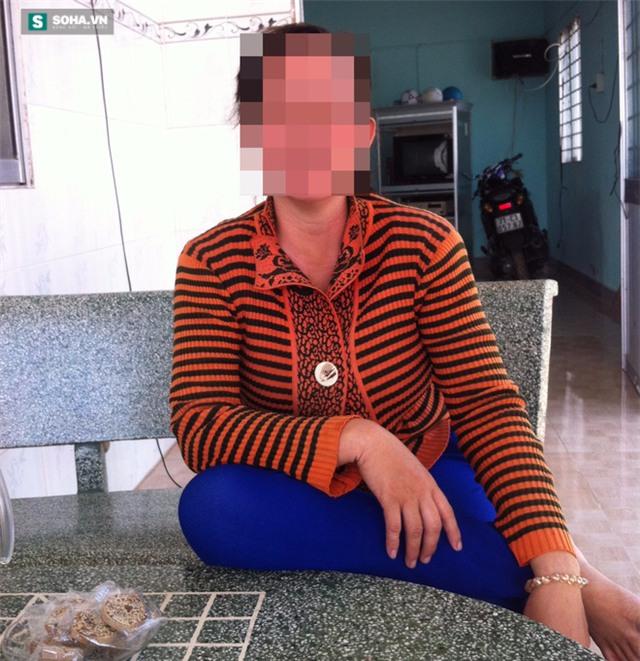 Người phụ nữ tố bị bồ của chồng dọa lấy đầu nếu không ly hôn - Ảnh 1.