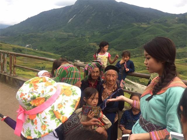 Hoa hậu Mỹ Linh lấn sân làm MC Truyền hình - Ảnh 2.
