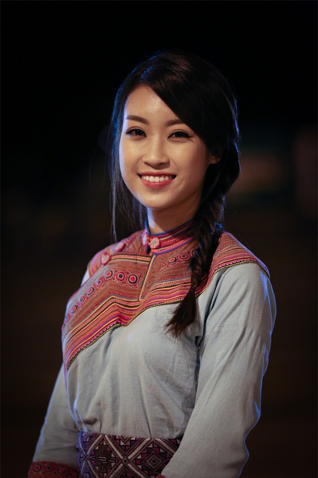 Hoa hậu Mỹ Linh lấn sân làm MC Truyền hình - Ảnh 4.
