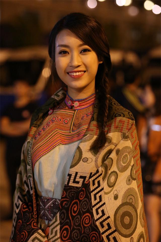 Hoa hậu Mỹ Linh lấn sân làm MC Truyền hình - Ảnh 6.