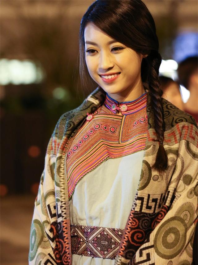 Hoa hậu Mỹ Linh lấn sân làm MC Truyền hình - Ảnh 7.