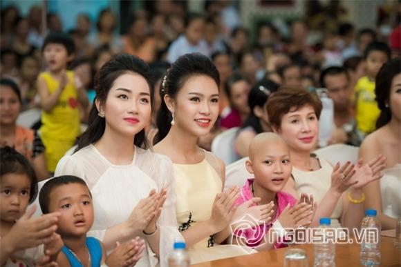 Hoa hậu Mỹ Linh dự tiệc trung thu 2