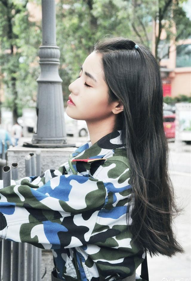 Chùm ảnh: Những nữ thần xinh đẹp bậc nhất trong mùa học quân sự ở Trung Quốc - Ảnh 2.