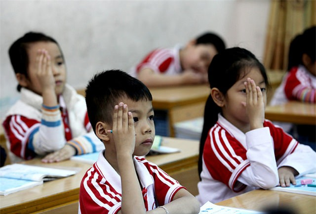 dạy thêm, học thêm, Hồ Thiệu Hùng, Đinh La Thăng
