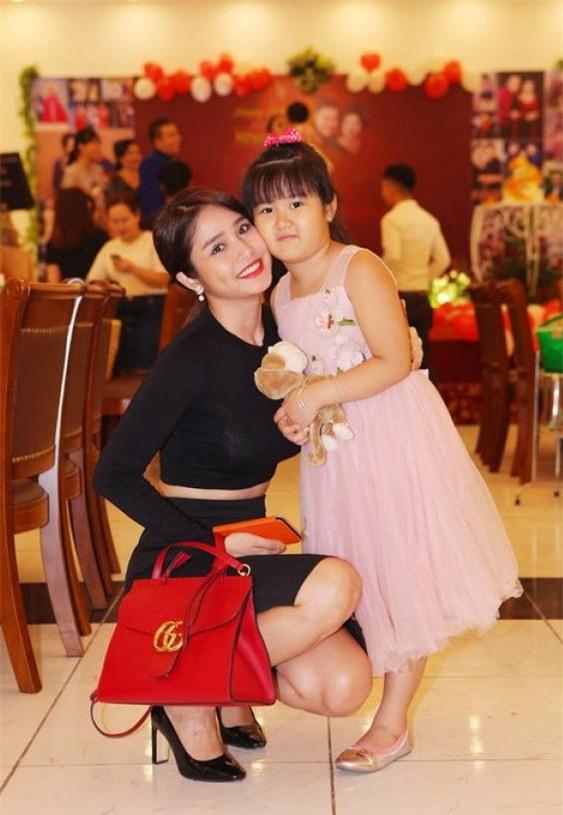 Vo cu Phan Thanh Binh vuong no nan sau ly hon hinh anh 2