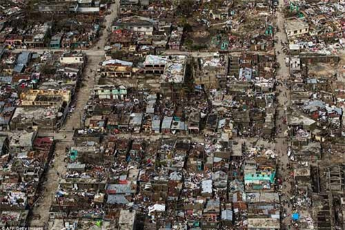 Cảnh hoang tàn và chết chóc ở Haiti sau cơn bão lịch sử Matthew - 1