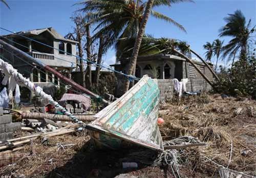 Cảnh hoang tàn và chết chóc ở Haiti sau cơn bão lịch sử Matthew - 11