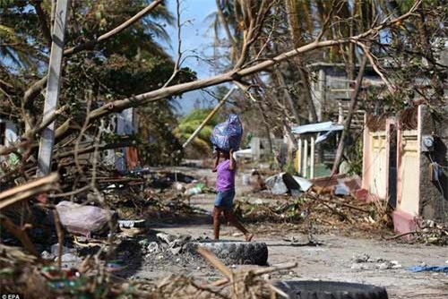 Cảnh hoang tàn và chết chóc ở Haiti sau cơn bão lịch sử Matthew - 14