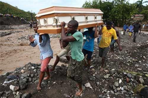 Cảnh hoang tàn và chết chóc ở Haiti sau cơn bão lịch sử Matthew - 16