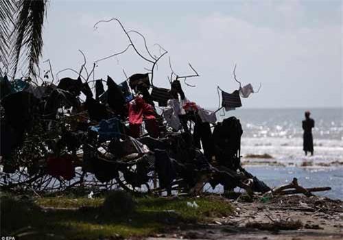 Cảnh hoang tàn và chết chóc ở Haiti sau cơn bão lịch sử Matthew - 7