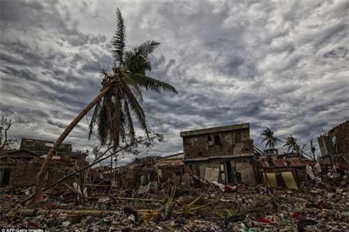 Cảnh hoang tàn và chết chóc ở Haiti sau cơn bão lịch sử Matthew - 9