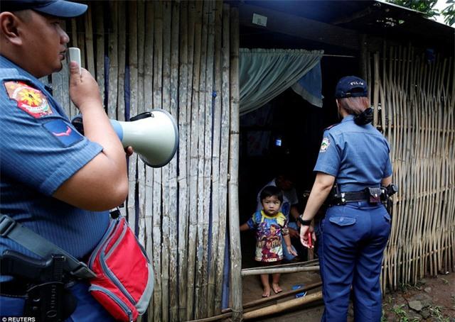 Chùm ảnh: Hơn 3.700 người đã chết trong cuộc chiến chống tội phạm ma túy ở Philippines - Ảnh 5.