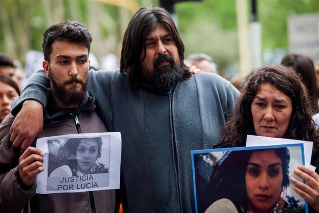 Argentina rúng động vụ cô gái 16 tuổi chết vì bị ép dùng ma túy rồi cưỡng hiếp dã man - Ảnh 3.