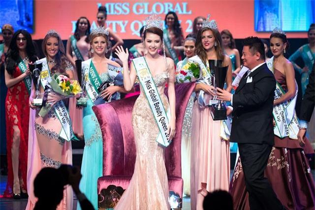 Xướng tên Ngọc Duyên cho danh hiệu cao quý nhất, cuộc thi Miss Global Beauty Queen 2016 có tầm cỡ như thế nào? - Ảnh 1.