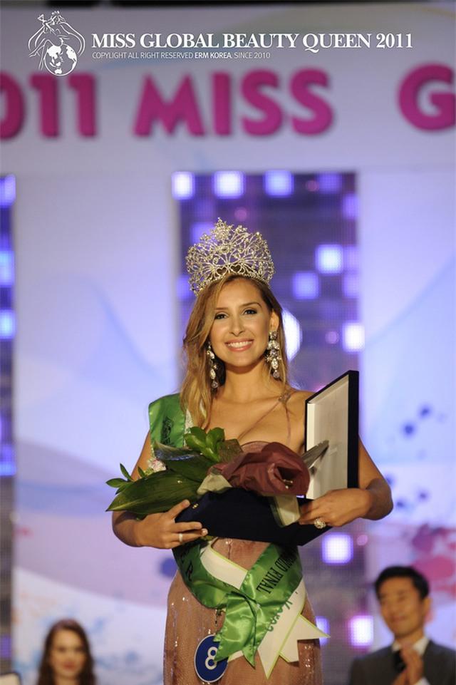 Xướng tên Ngọc Duyên cho danh hiệu cao quý nhất, cuộc thi Miss Global Beauty Queen 2016 có tầm cỡ như thế nào? - Ảnh 10.