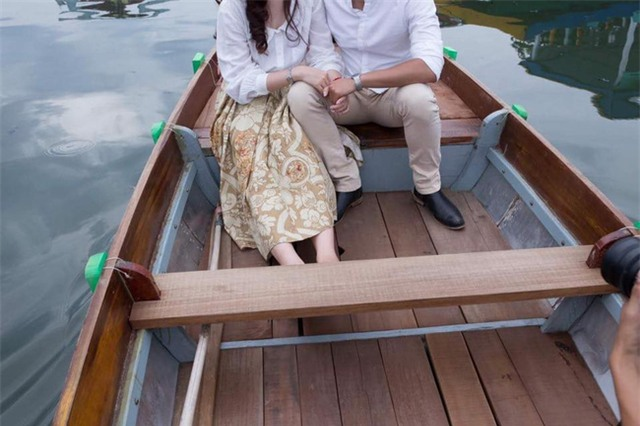 Cô dâu chú rể ở Sài Gòn bị nhiếp ảnh gia thuê người đập phá đám cưới để đòi tiền - Ảnh 4.
