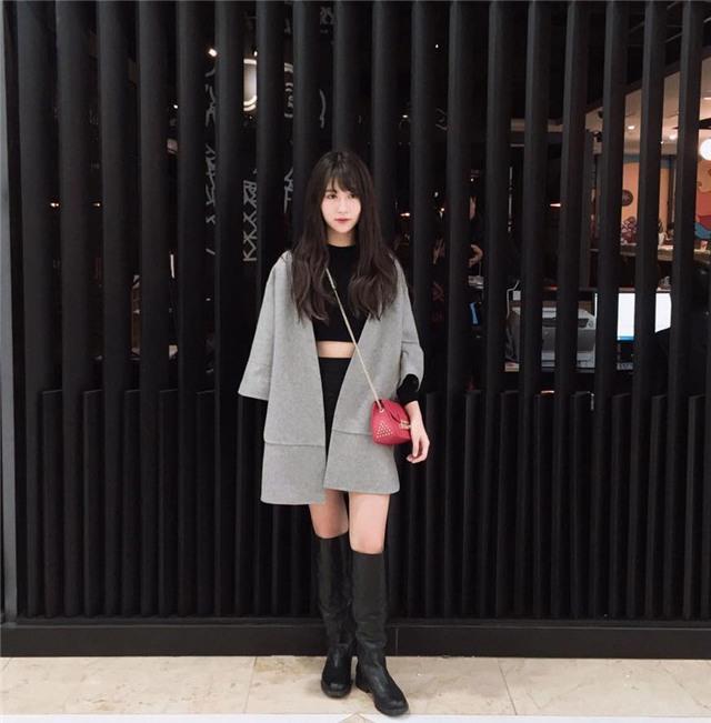 Trang phục dạo phố của 3 hot girl đình đám 11