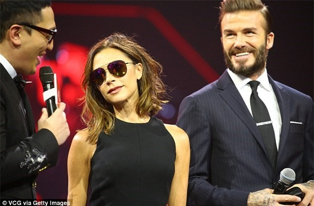 Victoria Beckham thich thu khoe vong ba cua chong hinh anh 6