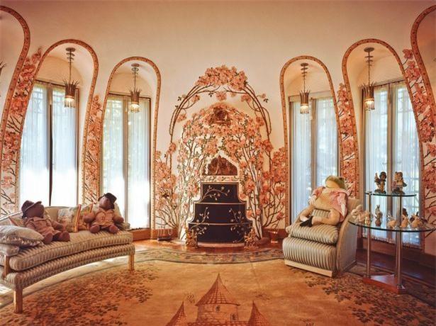 Bên trong khu biệt thự dát vàng nơi gia đình tân Tổng thống Donald Trump nghỉ dưỡng mùa lễ Tạ Ơn - Ảnh 2.