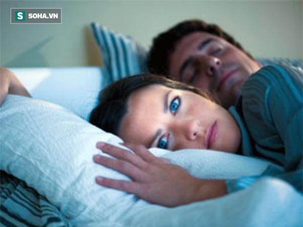 Nếu hay thức giấc vào ban đêm, hãy đọc thông tin này để biết gan hay phổi bị hỏng - Ảnh 1.