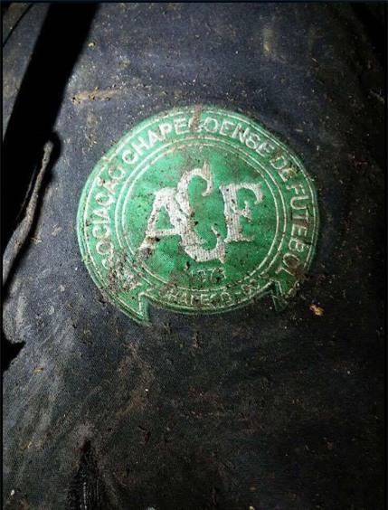 Logo của đội bóng Chapecoense được cho là xuất hiện ở hiện trường vụ tai nạn (Ảnh: Twitter)