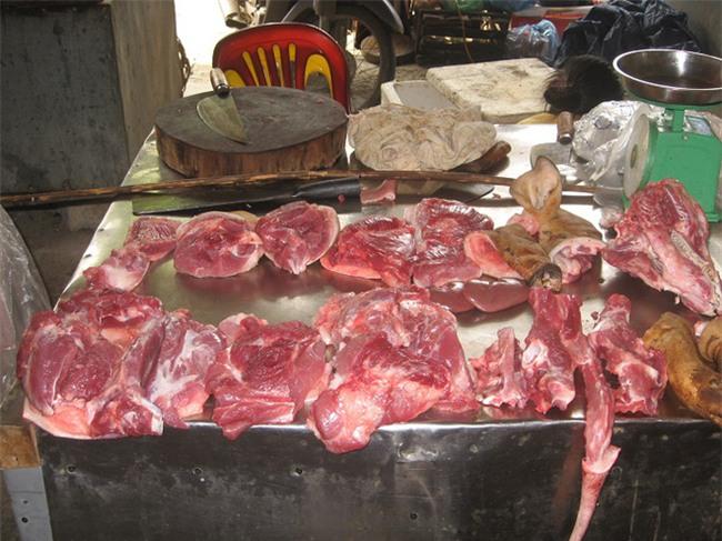 Nhận biết thịt lợn và cá có chứa độc tố bằng mắt thường - Ảnh 1.