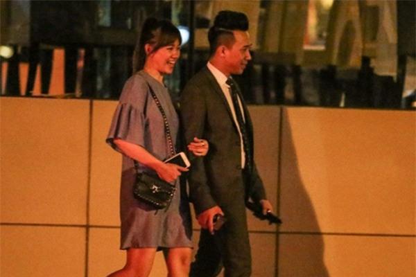 Trấn Thành bí mật cầu hôn Hari Won và cả hai sẽ làm đám cưới vào tháng 12 tới đây.