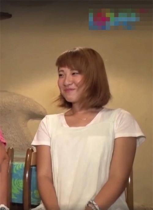 Công Phượng vướng nghi án hẹn hò cô gái Nhật.