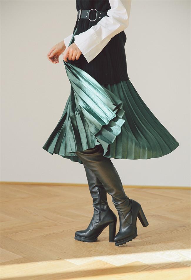 3 dáng chân váy đơn giản đủ sức làm sáng bừng cả mùa lễ hội cuối năm - Ảnh 6.