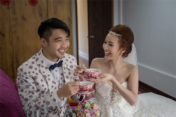 Cô dâu Việt chi gần 2 tỷ đồng bao trọn thủy cung lớn nhất thế giới làm đám cưới - Ảnh 6.